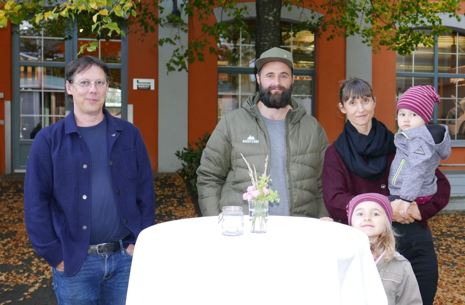Manfred_Stemmer_Thomas_und_Tanja_Vogel_mit_Kindern